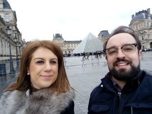 Pirâmide e Museu do Louvre